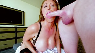 Kianna Dior is on her knees blowing with the addition of waiting for undaunted facial