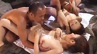Japanese 4+4 orgy far an onsen